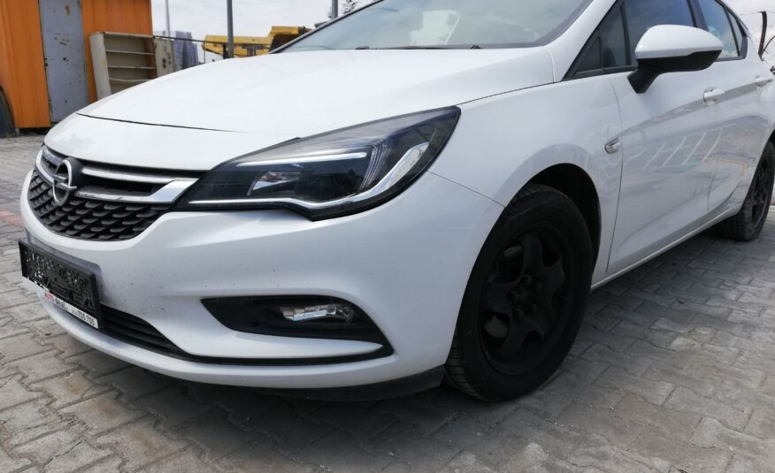 Opel Astra selection cdi 1.6 110hp '17
